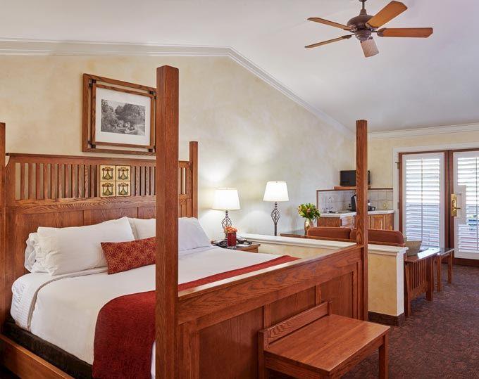 Fireplace King Room of Sonoma Valley Inn & Krug Event Center California